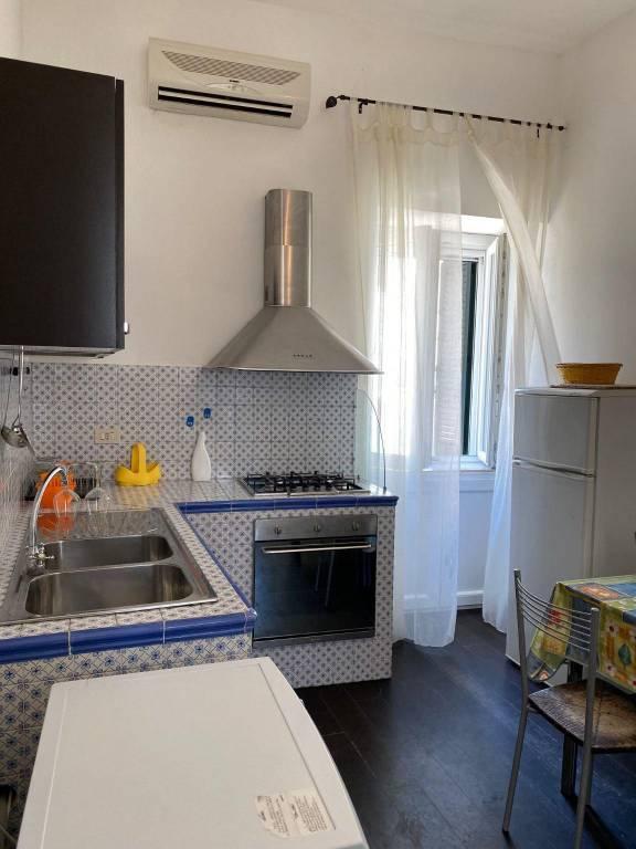 Appartamento in vendita a Ponza, 3 locali, prezzo € 400.000   CambioCasa.it