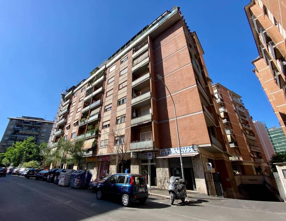 Appartamento in vendita a Roma, 3 locali, zona Zona: 8 . Tiburtina, Colli Aniene, Pietrasanta, San Basilio, prezzo € 309.000 | CambioCasa.it