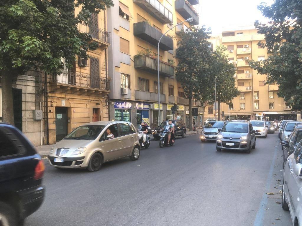 Appartamento in vendita a Palermo, 4 locali, prezzo € 120.000   PortaleAgenzieImmobiliari.it