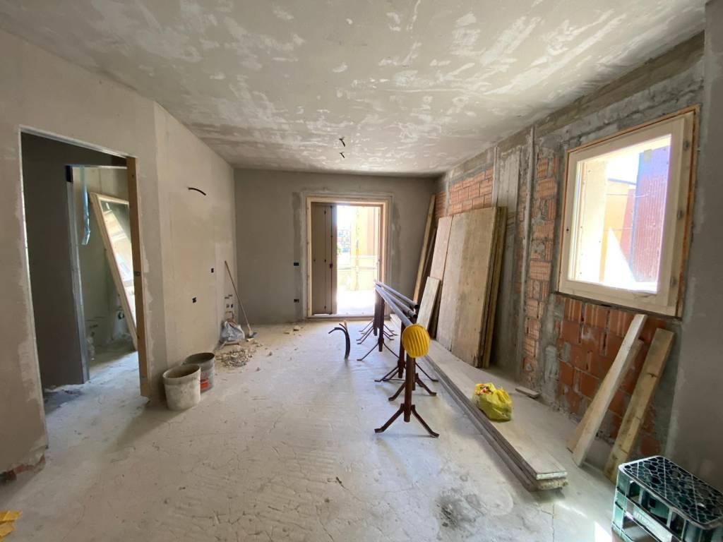 Appartamento in Vendita a Piacenza: 3 locali, 127 mq