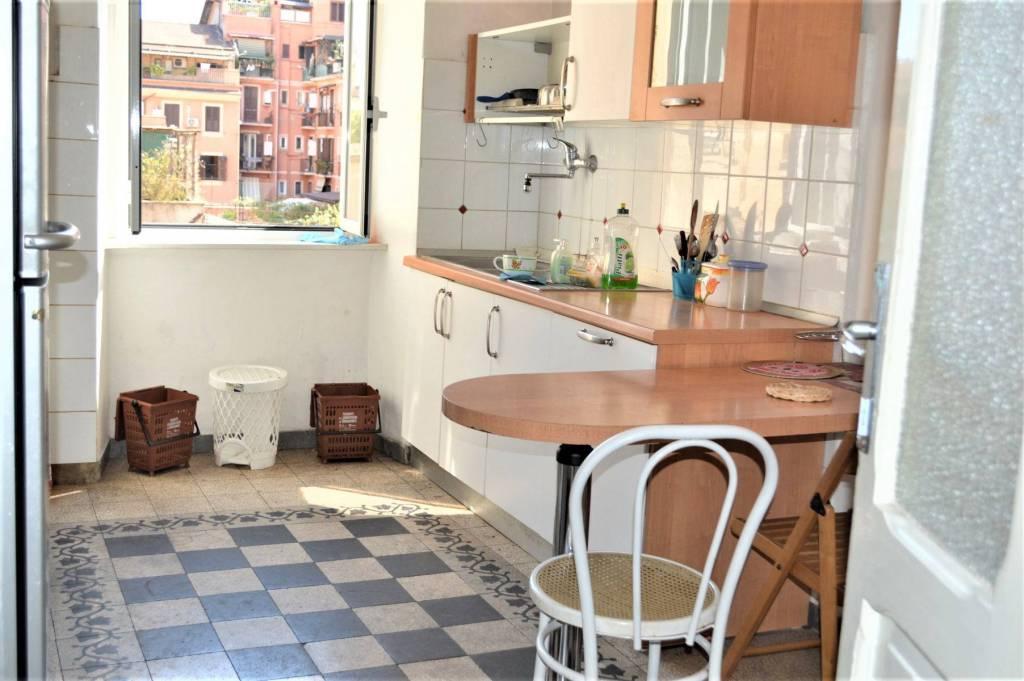 Appartamento in vendita a Roma, 3 locali, zona Zona: 7 . Esquilino, San Lorenzo, Termini, prezzo € 330.000 | CambioCasa.it