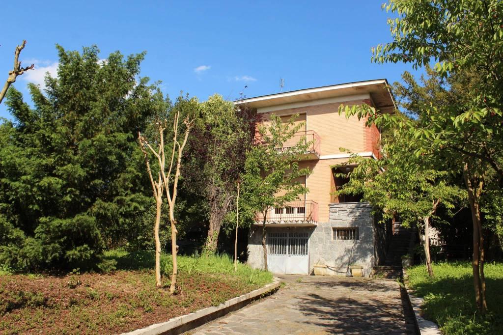 Villa da ristrutturare in vendita Rif. 9466822