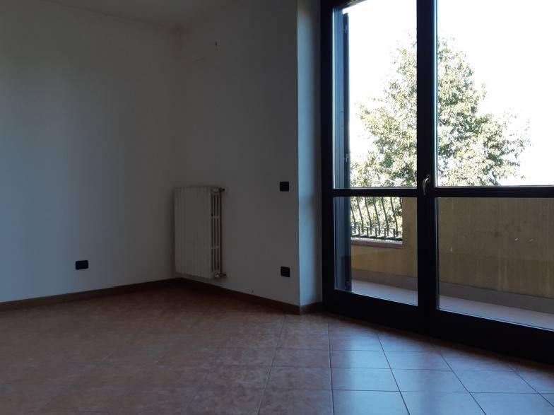 Appartamento in vendita a Treviglio, 3 locali, prezzo € 135.000   PortaleAgenzieImmobiliari.it
