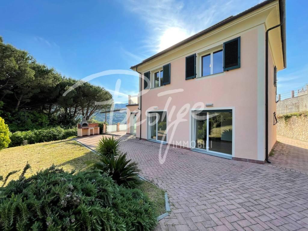 Villa in vendita a La Spezia (SP)