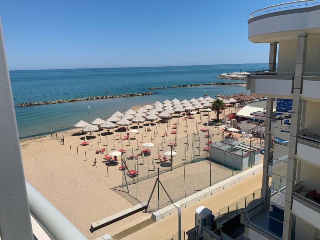 Attico / Mansarda in vendita a Francavilla al Mare, 4 locali, Trattative riservate | PortaleAgenzieImmobiliari.it