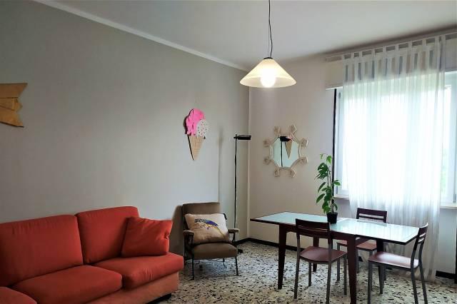 Appartamento in affitto a Novara, 3 locali, prezzo € 550   CambioCasa.it