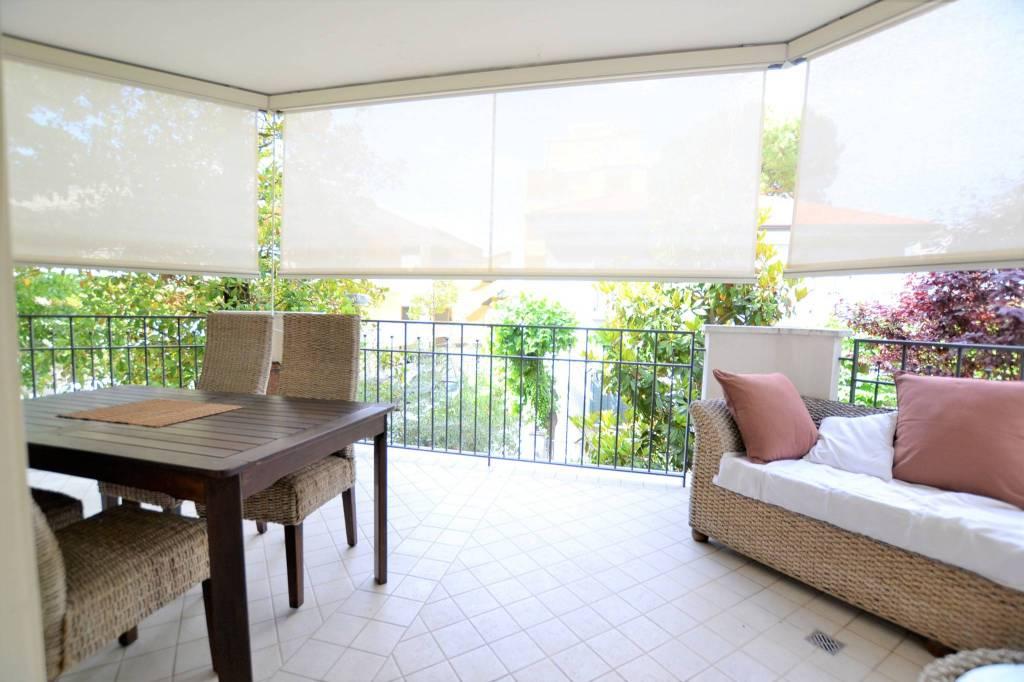 Appartamento in Vendita a Riccione Centro: 4 locali, 92 mq