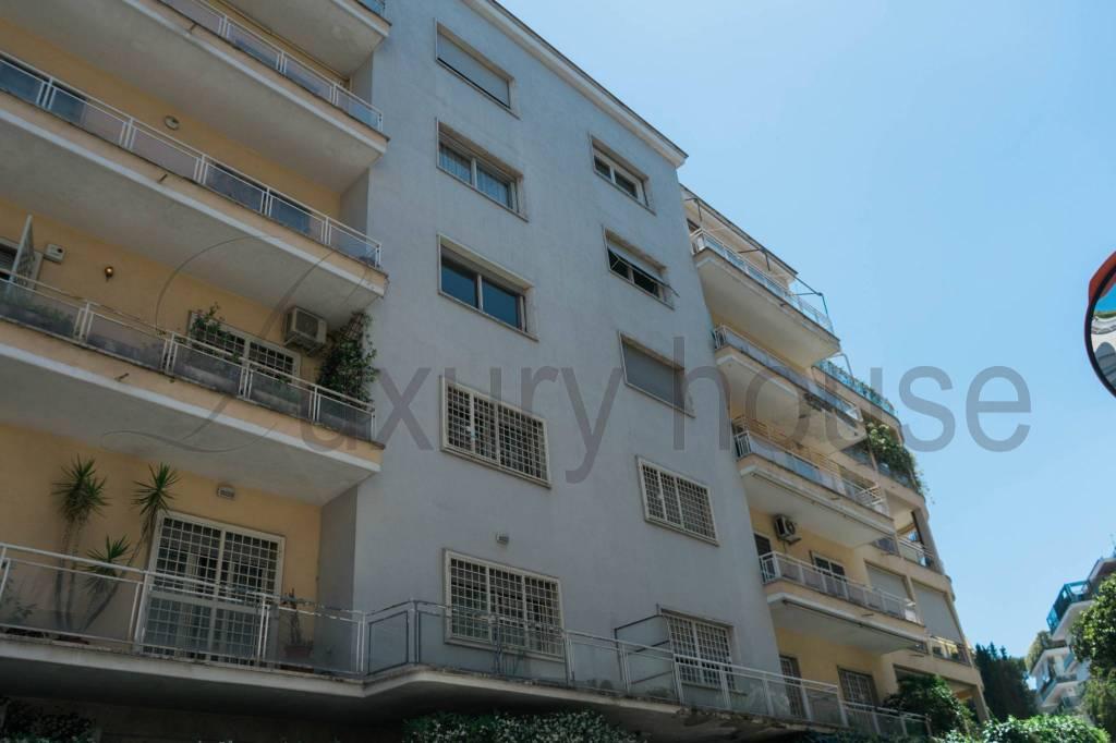Appartamento in vendita a Roma, 5 locali, zona Zona: 2 . Flaminio, Parioli, Pinciano, Villa Borghese, prezzo € 690.000 | CambioCasa.it