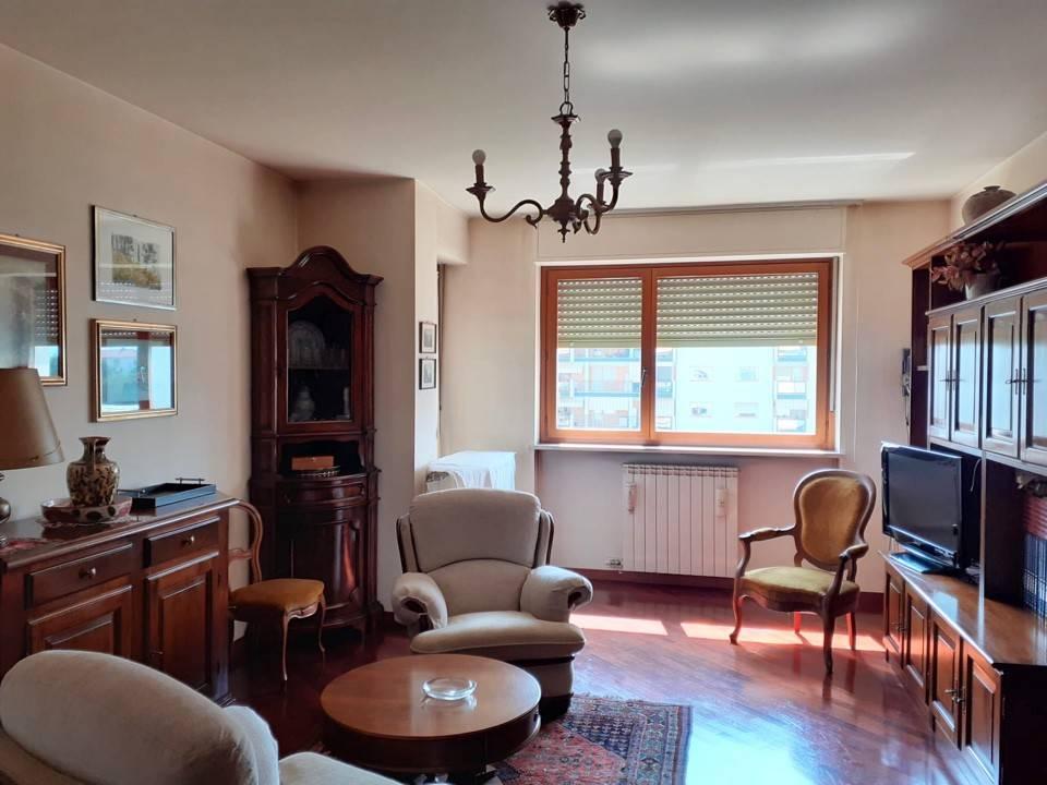 Appartamento in vendita a Cuneo, 4 locali, prezzo € 279.000 | PortaleAgenzieImmobiliari.it