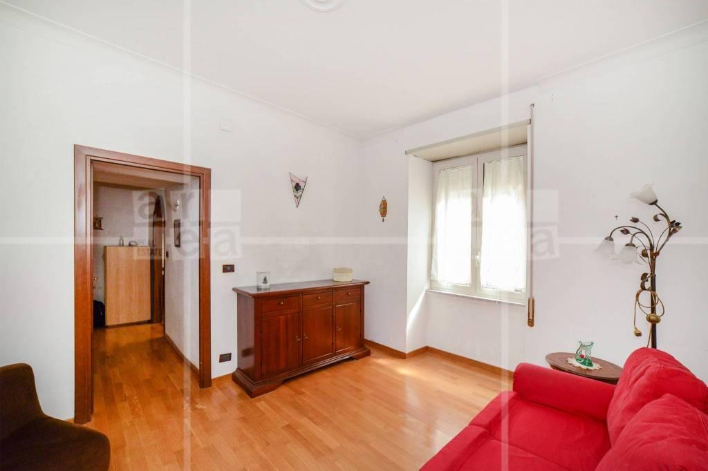 Appartamento in vendita a Roma, 2 locali, zona Zona: 14 . San Giovanni, Re di Roma, P.ta Metronia, prezzo € 235.000 | CambioCasa.it