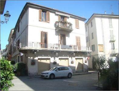 Negozio in vendita via Crispi, 14 Vercelli