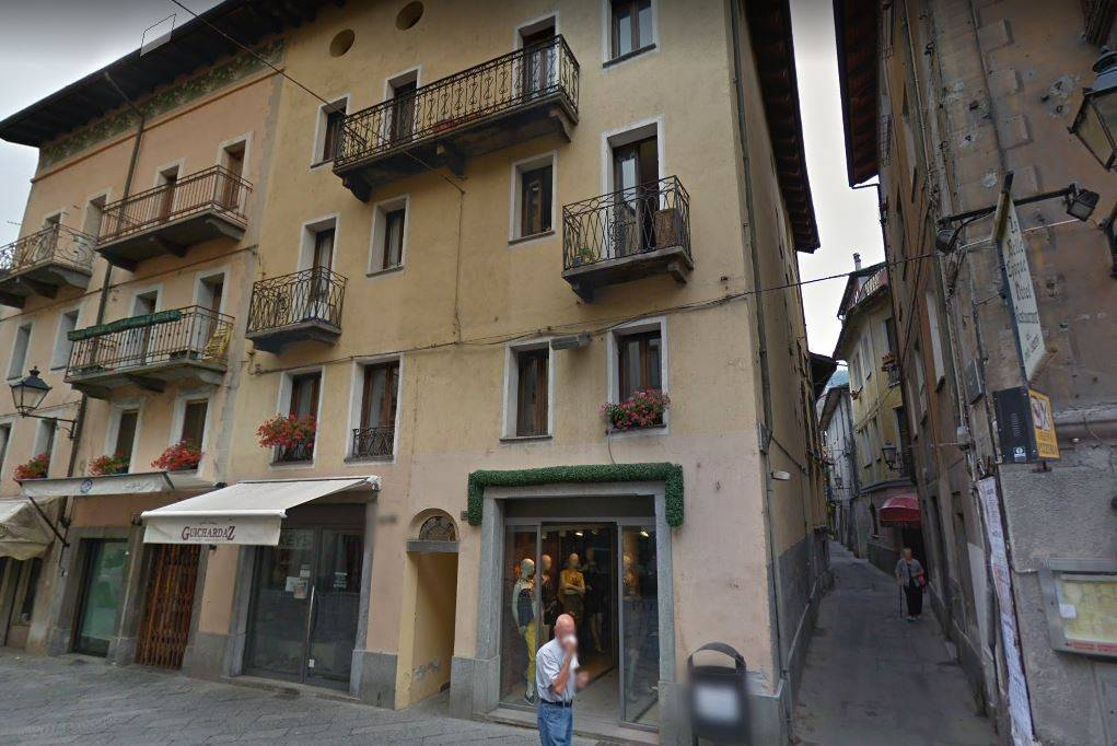 Locale Commerciale Centro Storico Aosta Rif. 8897794