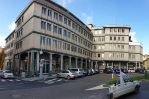 Ufficio / Studio in affitto a Bra, 6 locali, prezzo € 1.600   PortaleAgenzieImmobiliari.it
