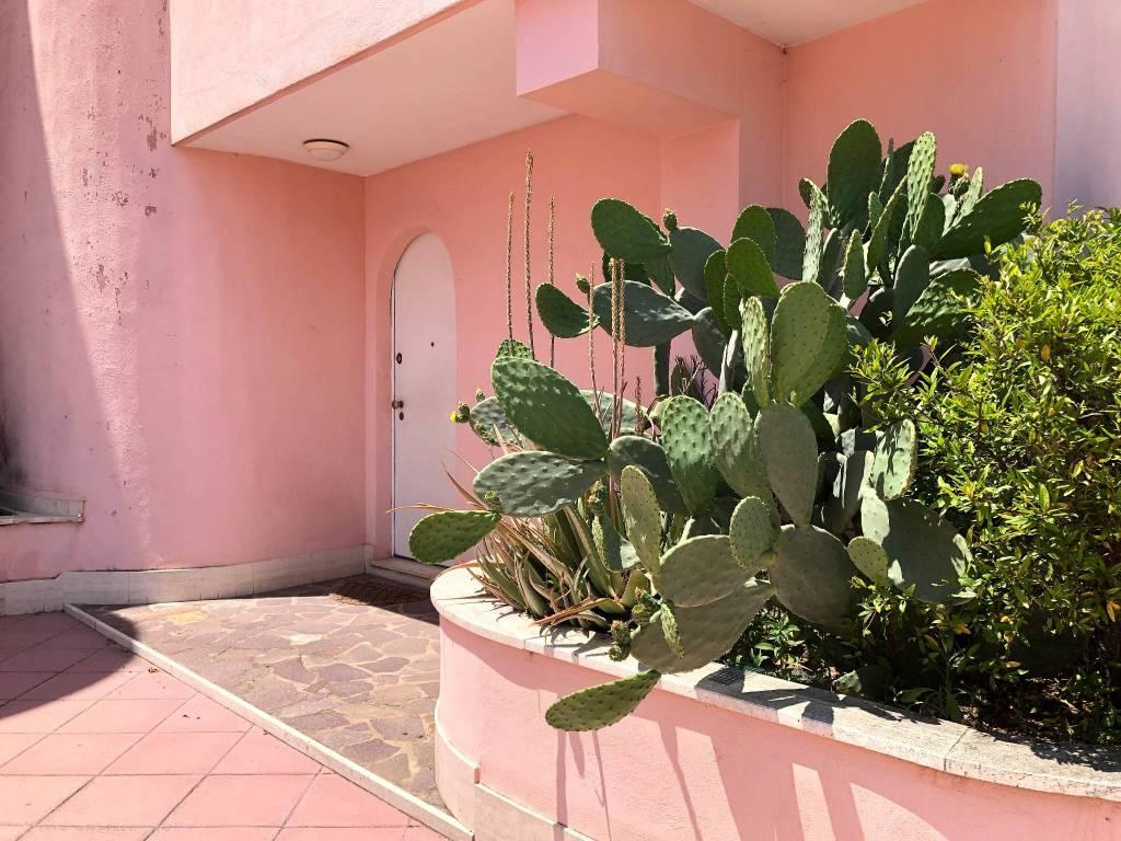 Appartamento in vendita a Roma, 5 locali, zona Zona: 38 . Acilia, Vitinia, Infernetto, Axa, Casal Palocco, Madonnetta, prezzo € 350.000 | CambioCasa.it