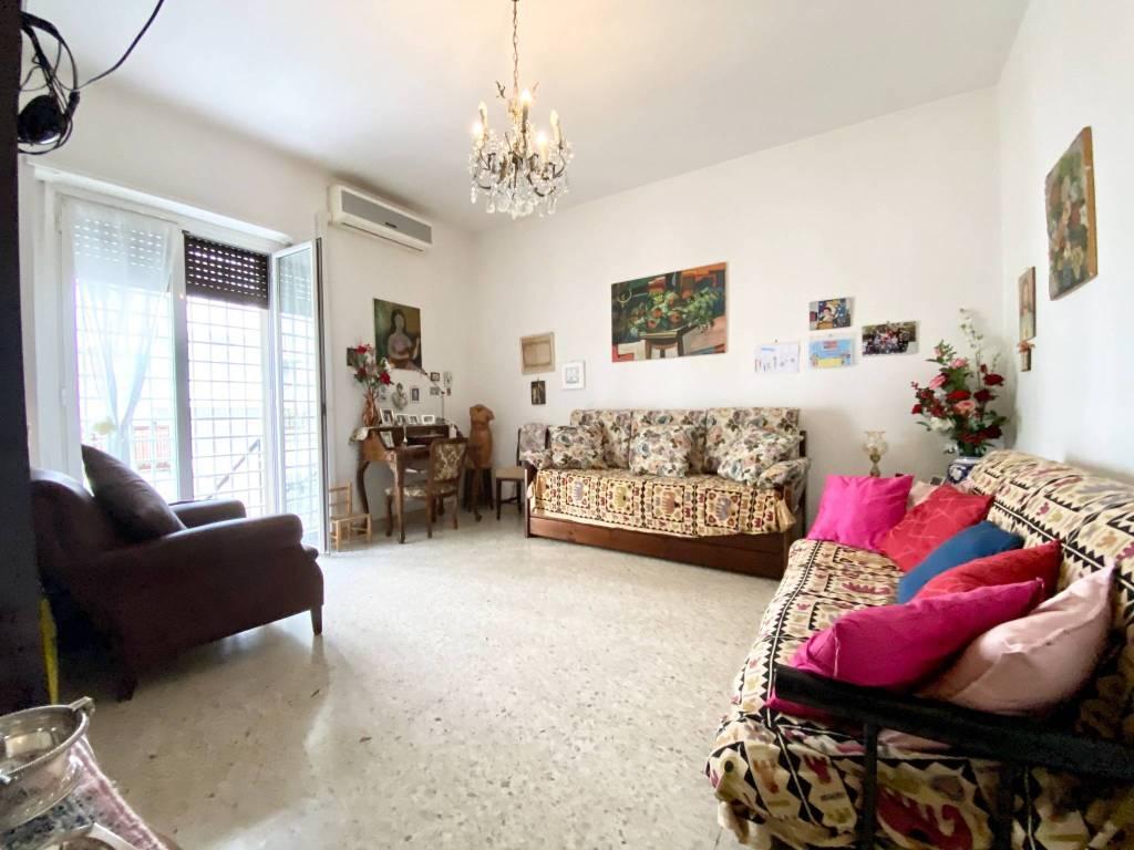 Appartamento in vendita a Roma, 2 locali, zona Zona: 12 . Cinecittà,Don Bosco, Lucrezia Romana, prezzo € 168.000   CambioCasa.it