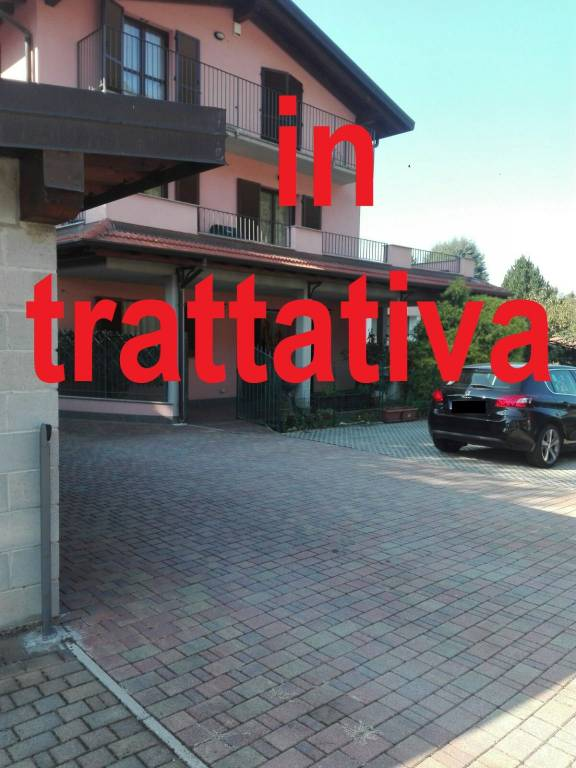 Appartamento in vendita a Besano, 3 locali, prezzo € 235.000 | PortaleAgenzieImmobiliari.it