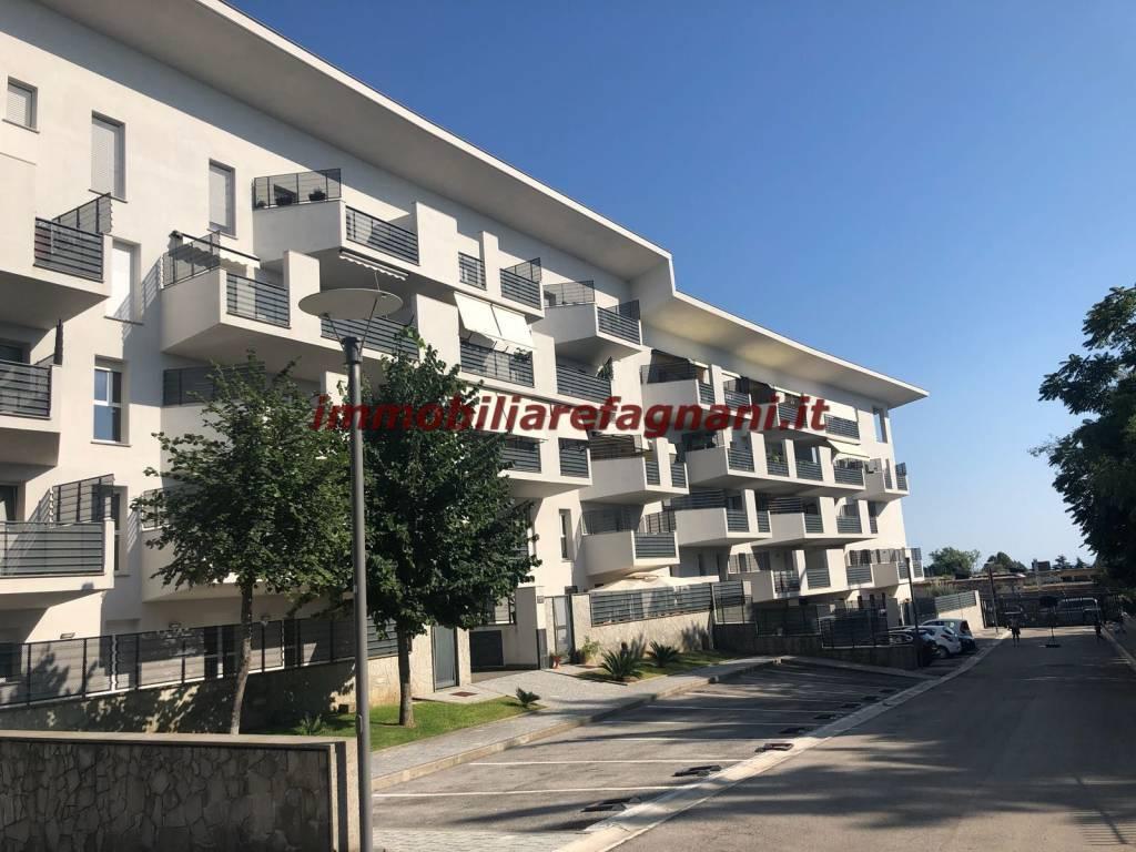 Appartamento in vendita a Velletri, 3 locali, prezzo € 200.000 | CambioCasa.it