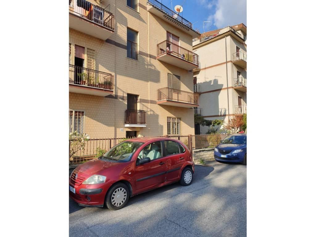 Appartamento in vendita a Roma, 2 locali, zona Zona: 33 . Quarto Casale, Labaro, Valle Muricana, Prima Porta, prezzo € 130.000 | CambioCasa.it