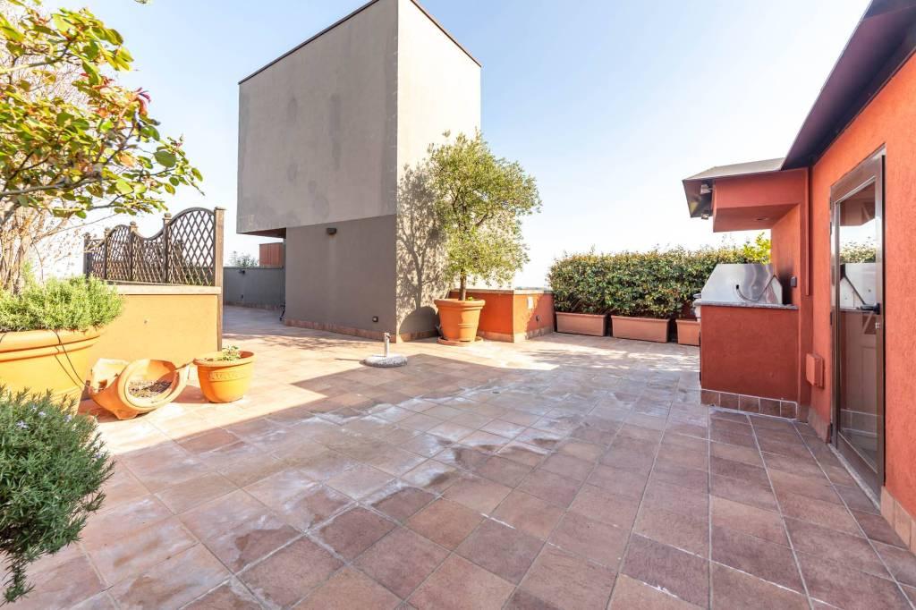 Attico / Mansarda in vendita a Segrate, 5 locali, prezzo € 920.000 | PortaleAgenzieImmobiliari.it