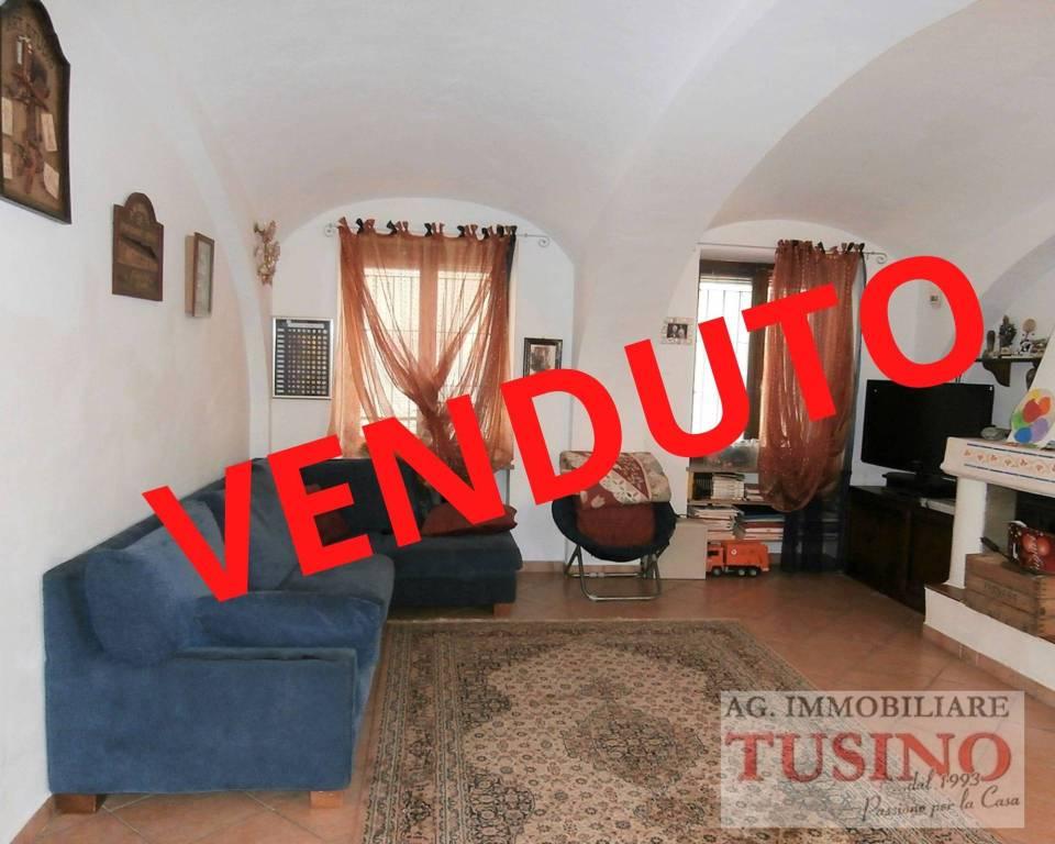 Soluzione Indipendente in vendita a Volpiano, 6 locali, Trattative riservate | CambioCasa.it
