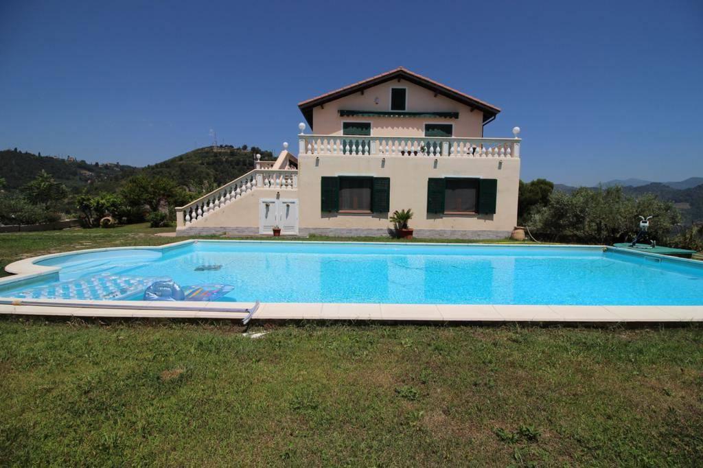 Villa in vendita a Camporosso, 9 locali, prezzo € 650.000   PortaleAgenzieImmobiliari.it