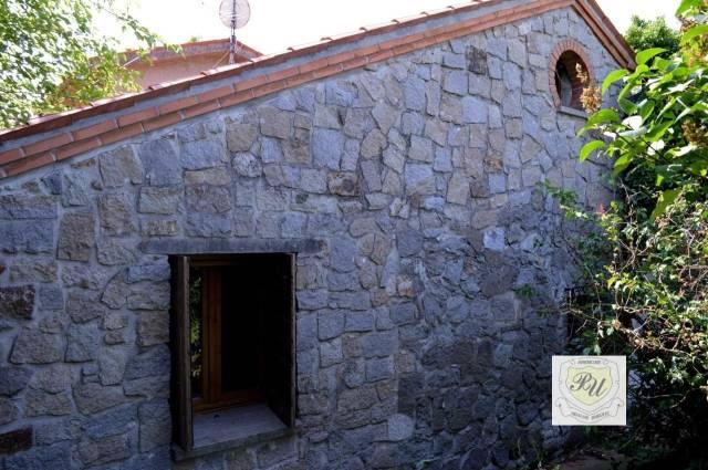 Villa in buone condizioni in vendita Rif. 6577731