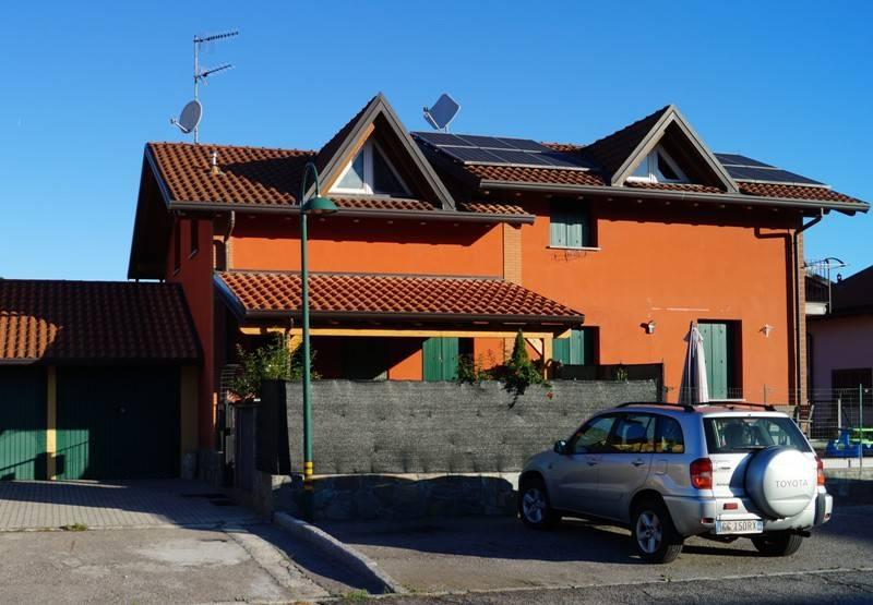 In Vendita a Ispra Villa