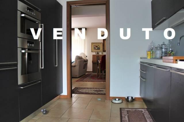Appartamento in ottime condizioni in vendita Rif. 5932833