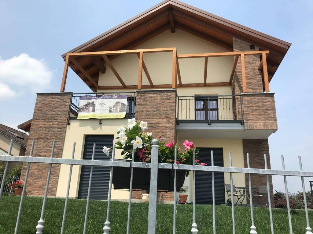 Foto 1 di Appartamento via Levante 25, Pianezza
