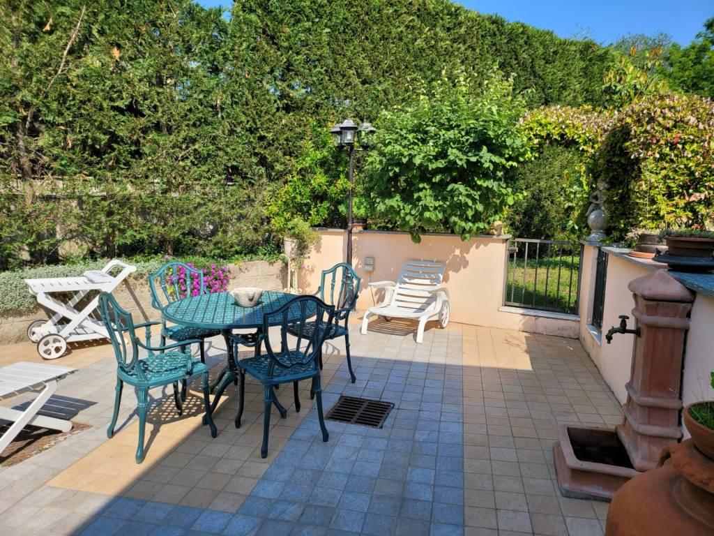 Villa in vendita a Venaria Reale, 8 locali, prezzo € 480.000 | CambioCasa.it