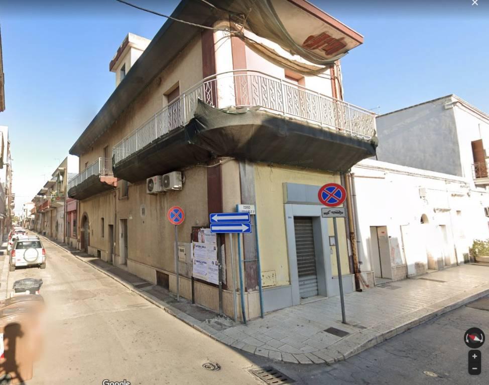 Appartamento in vendita a Taranto, 3 locali, prezzo € 100.000   PortaleAgenzieImmobiliari.it
