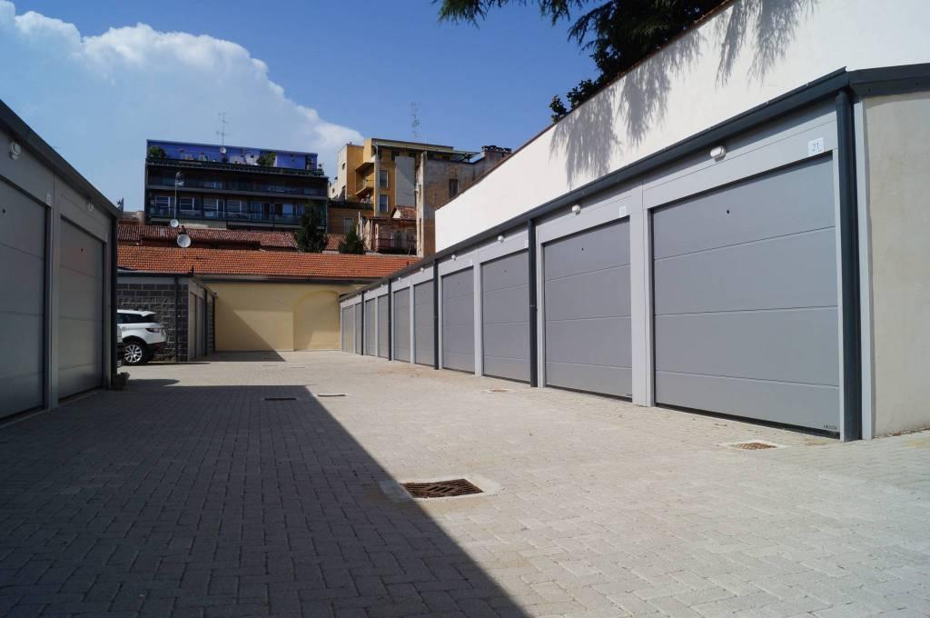 Foto 1 di Box / Garage via Pietro Micca 12, Vercelli