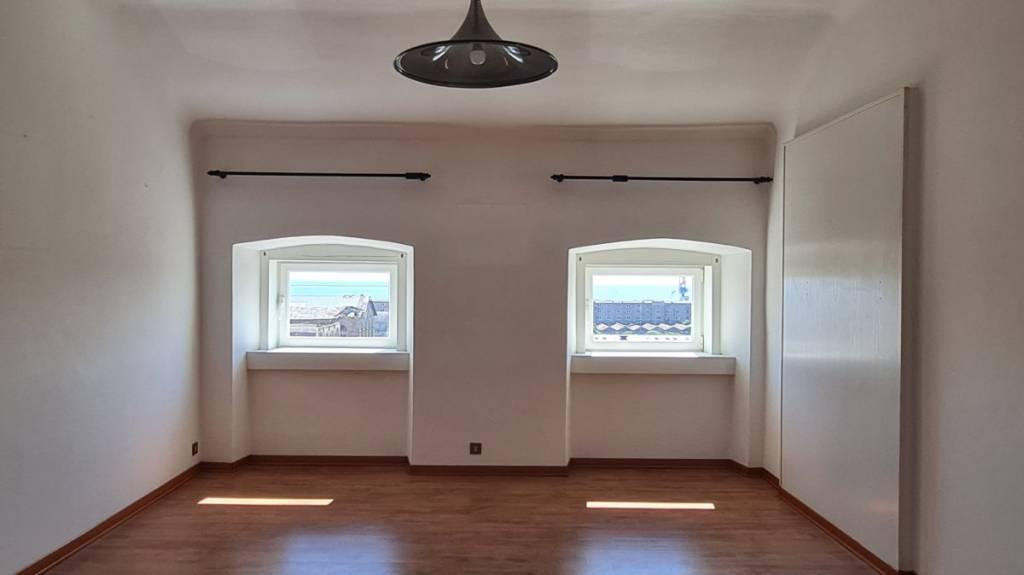Appartamento in vendita a Trieste, 3 locali, prezzo € 179.000 | CambioCasa.it