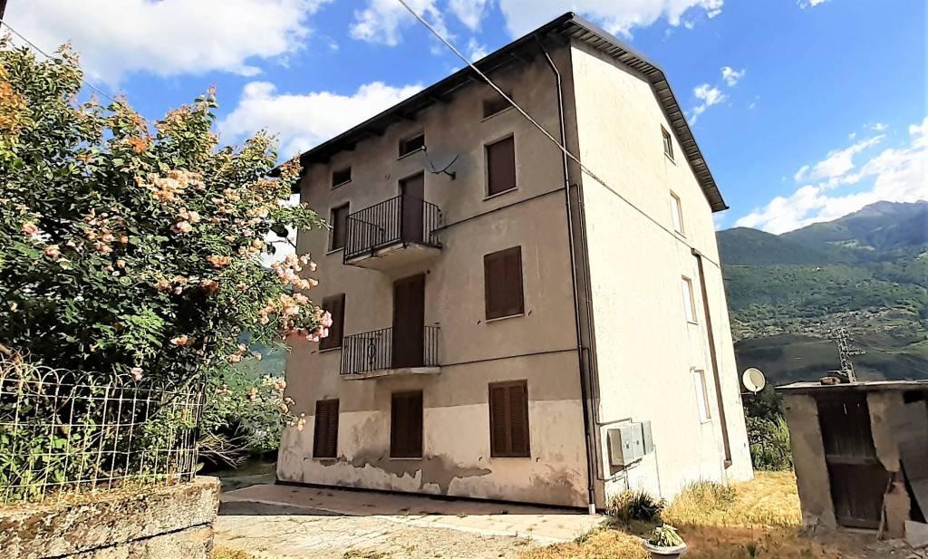 Appartamento in vendita a Albosaggia, 4 locali, prezzo € 79.000 | CambioCasa.it