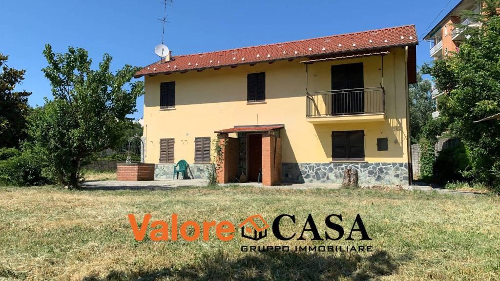 Villa in vendita a Acqui Terme, 6 locali, prezzo € 125.000 | CambioCasa.it