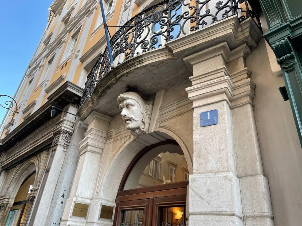 Ufficio / Studio in affitto a Trieste, 6 locali, prezzo € 2.000 | PortaleAgenzieImmobiliari.it
