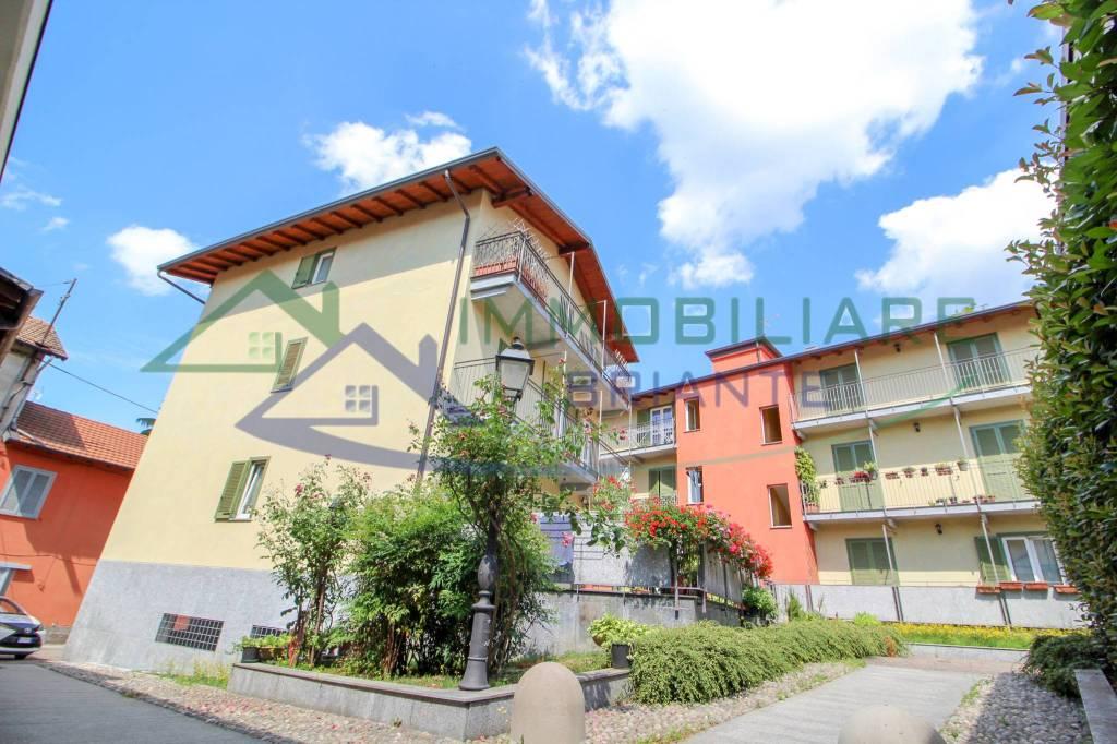 Appartamento in vendita a Somma Lombardo, 3 locali, prezzo € 142.600   CambioCasa.it