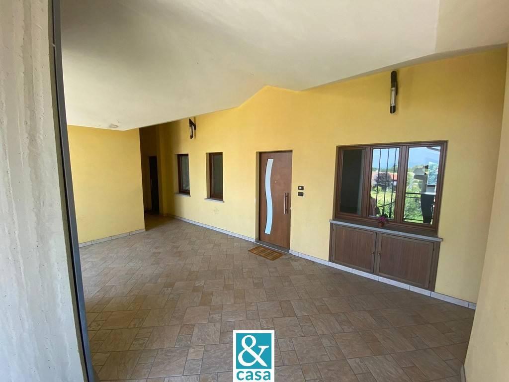 Appartamento in affitto a Barge, 3 locali, prezzo € 450 | CambioCasa.it