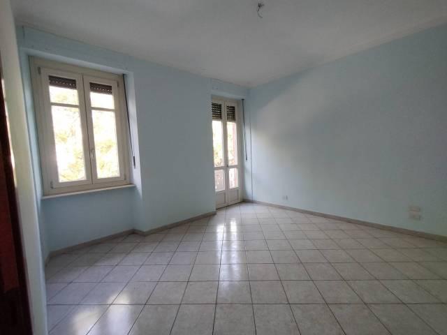 Appartamento in affitto a Torino, 2 locali, zona Zona: 13 . Borgo Vittoria, Madonna di Campagna, Barriera di Lanzo, prezzo € 300 | CambioCasa.it