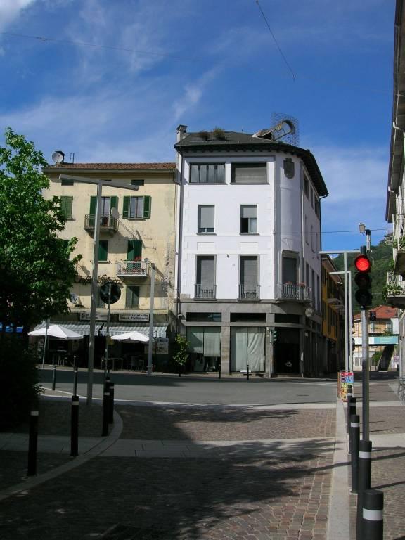 Ufficio / Studio in vendita a Omegna, 4 locali, prezzo € 160.000 | CambioCasa.it