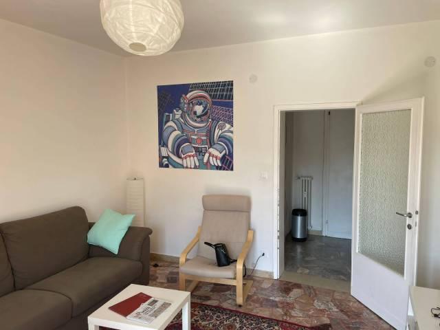 Appartamento in buone condizioni arredato in affitto Rif. 7072030