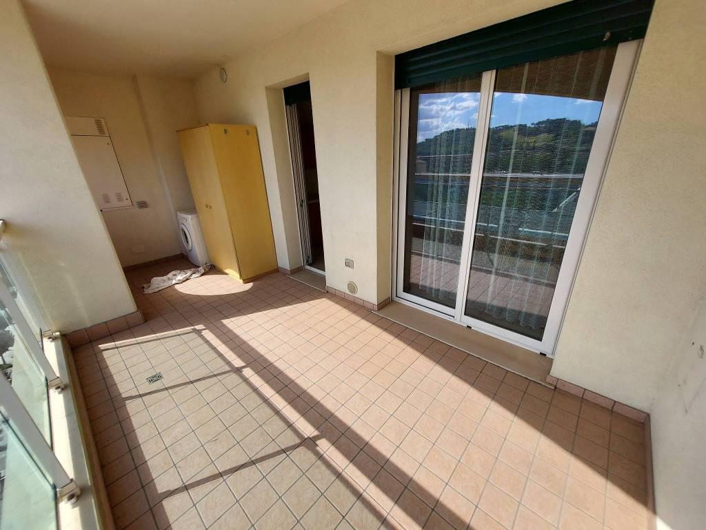 Appartamento in vendita a Pesaro, 4 locali, prezzo € 275.000 | PortaleAgenzieImmobiliari.it