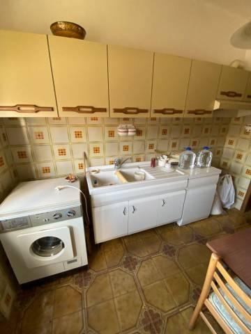 Appartamento in buone condizioni in vendita Rif. 7040973