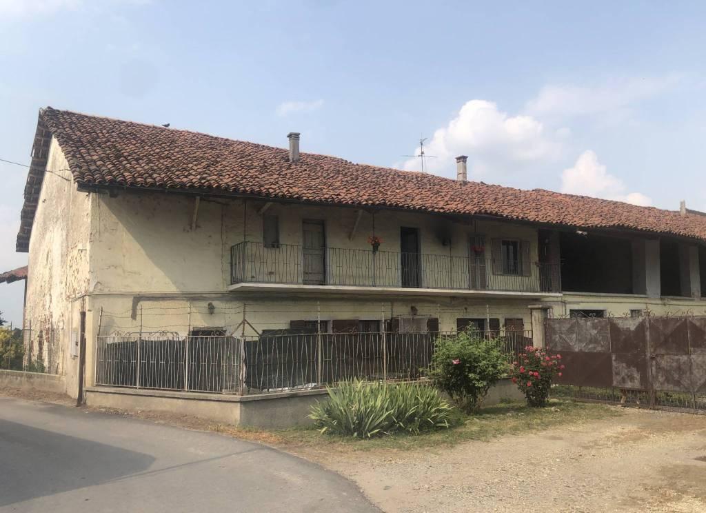 Rustico / Casale in vendita a Moretta, 7 locali, prezzo € 79.000 | PortaleAgenzieImmobiliari.it