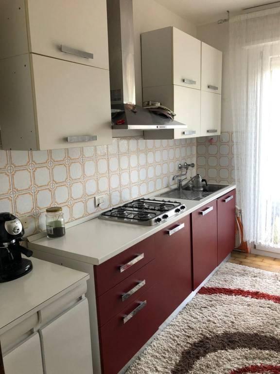 Appartamento in Affitto a Correggio Semicentro: 4 locali, 100 mq