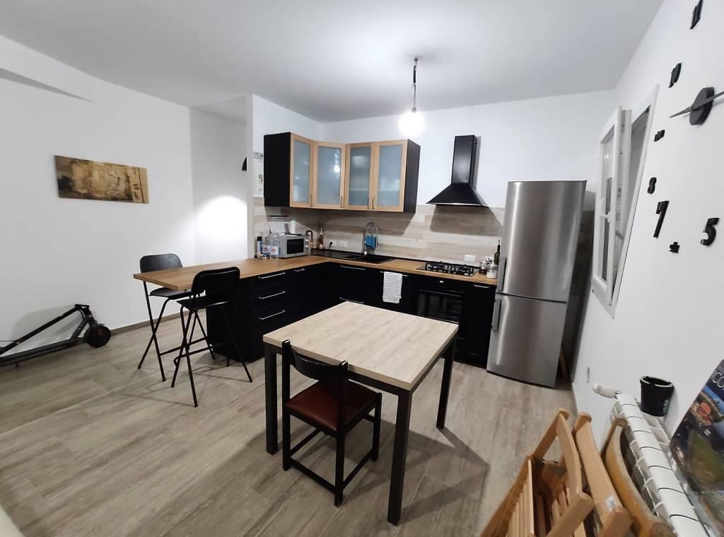 Appartamento in vendita a Terrasini, 2 locali, prezzo € 140.000 | CambioCasa.it