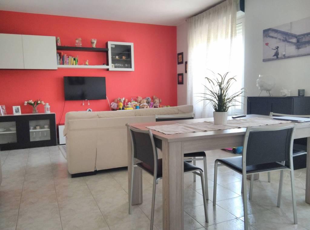 Attico / Mansarda in vendita a Lomazzo, 4 locali, prezzo € 290.000 | PortaleAgenzieImmobiliari.it