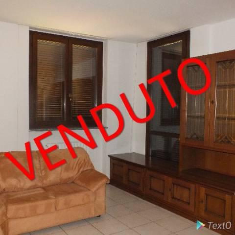 Appartamento in buone condizioni in vendita Rif. 7309918