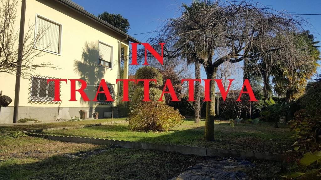 Villa in vendita a Samarate, 5 locali, prezzo € 209.000 | PortaleAgenzieImmobiliari.it