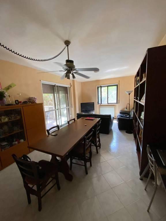 Appartamento in vendita a Roma, 4 locali, zona Zona: 33 . Quarto Casale, Labaro, Valle Muricana, Prima Porta, prezzo € 245.000 | CambioCasa.it